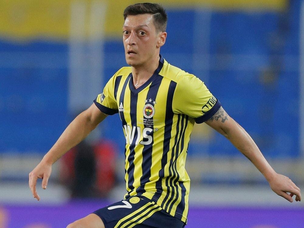 Sport1 zeigt Partie von Mesut Özil und Fenerbahce (Foto: SID)