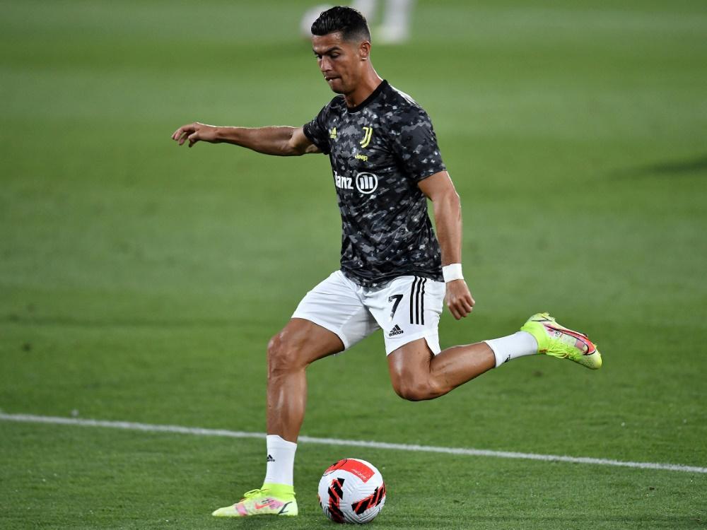 Cristiano Ronaldos Wechsel sorgt für Schlagzeilen (Foto: SID)