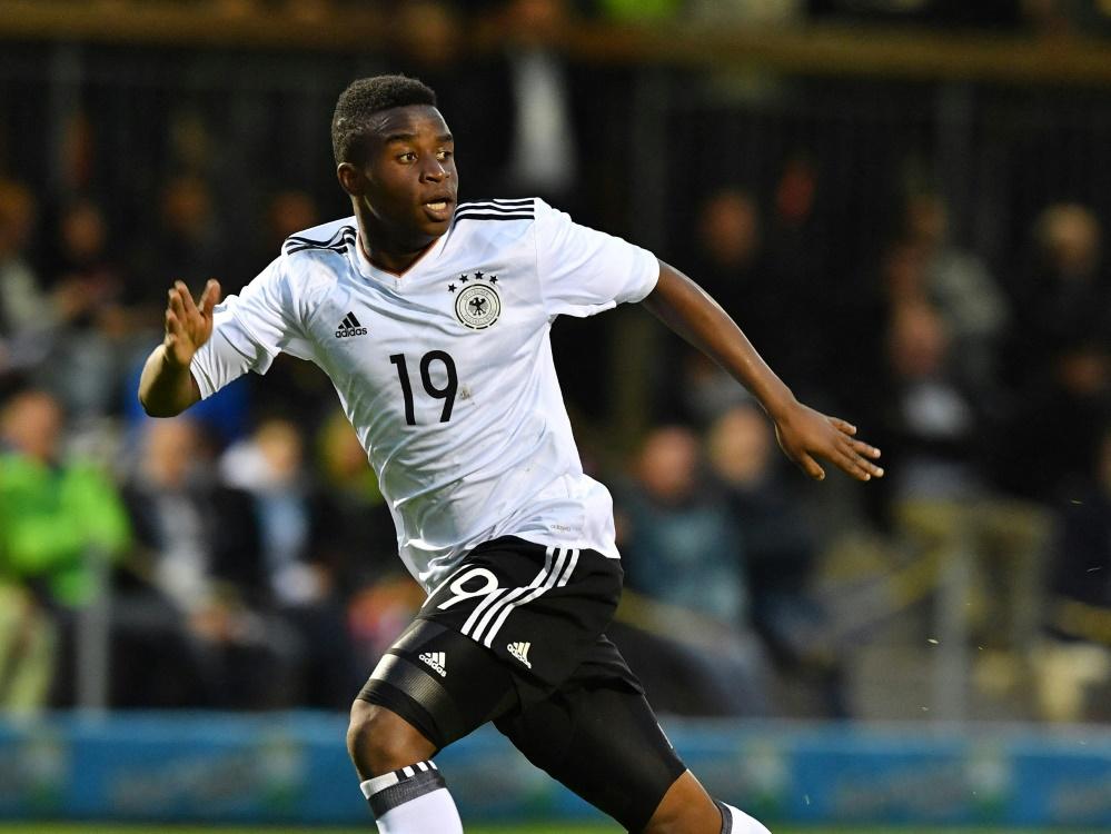 Youssoufa Moukoko erzielt sein drittes Tor für die U21 (Foto: SID)