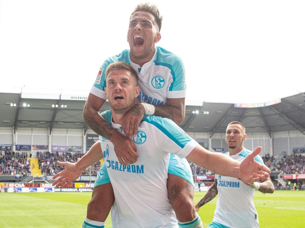 Terodde bringt Schalke drei Punkte ein (Foto: SID)