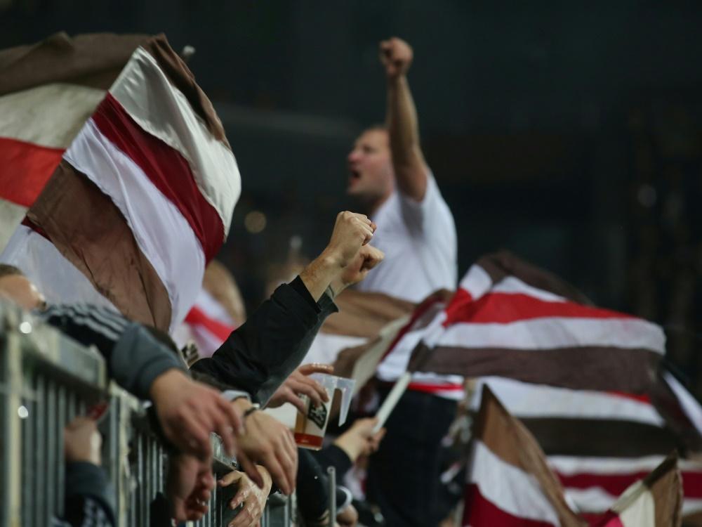 Für die Fans vom FC St. Pauli gilt nun die 2G-Regel (Foto: SID)