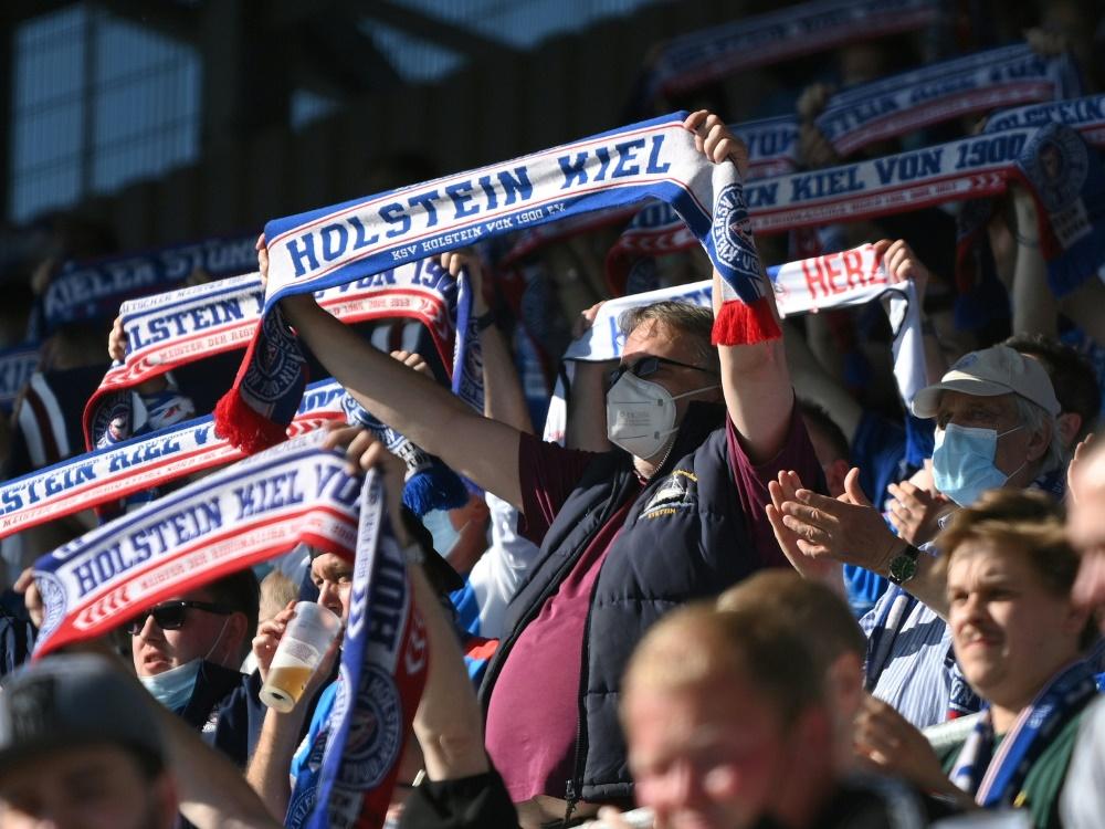 Holstein Kiel darf am Samstag vor 12.000 Fans spielen (Foto: SID)