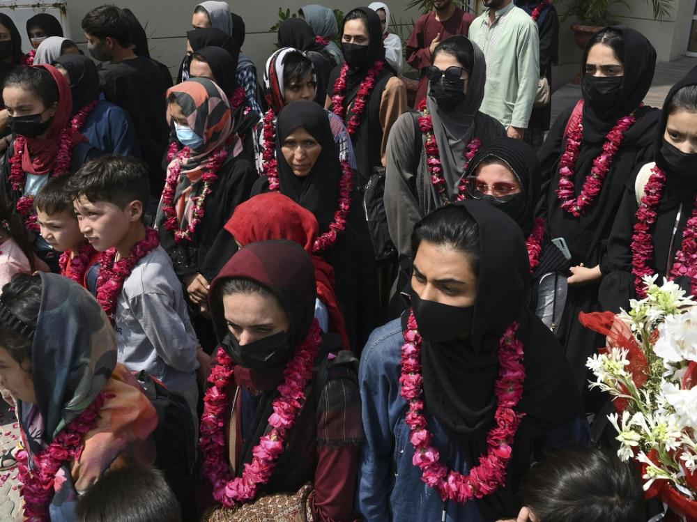Afghanische Fußballerinnen konnten nach Pakistan fliehen (Foto: SID)