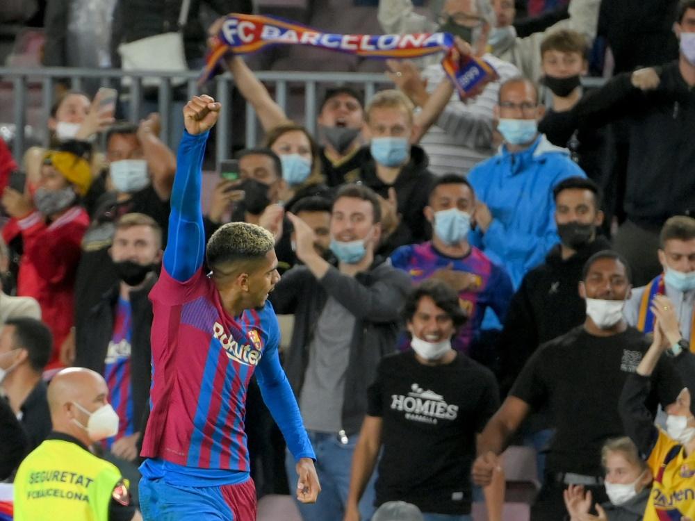 Barcelona holt spät einen Punkt gegen Granada (Foto: SID)