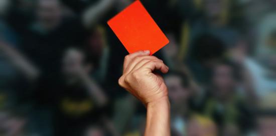 Spielabbruch Nach Angriff Auf Schiedsrichter Unruhmliches